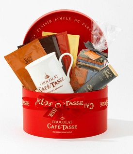 Cafe Tasse Hamper in Round Hat Box
