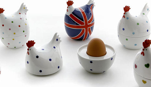 Martin Gulliver Hot Hen Egg Cup in Union Jack (image 2)
