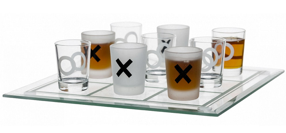 Sagaform Noughts and Crosses Glass set