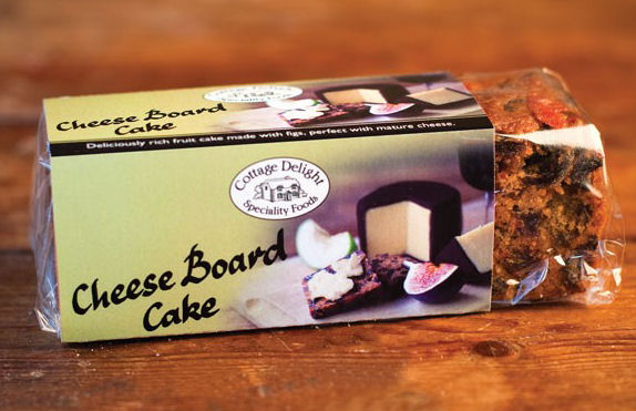 Cottage Delight Cheeseboard Cake 180g