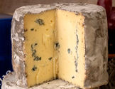Baby Cornish Blue Cheese Truckle 450g+