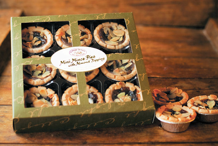 Cottage Delight Mini Mince Pies with Almond Topping 9pc