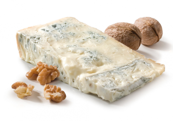 Gorgonzola Dolce; ideal with Walnuts