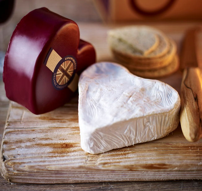 Godminster Heart Cheeses Giftbox uupacked!