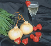 The Lancashire Bomb Strawberry Champagne 200g+