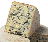 Perl Las Blue Cheese 650g Quarter (image 1)