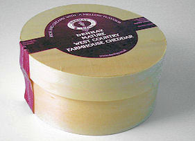 Denhay Dorset Cheddar In Wooden Giftbox 650g