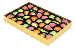 Shepcote Marzipan Fruits 454g Gold Tray 39pc (image 1)