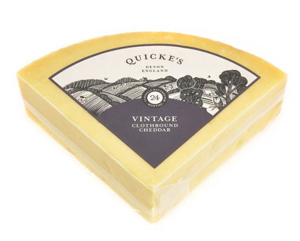 Quicke's Extra Mature Clothbound Cheddar