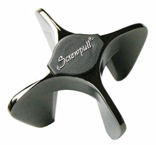 Le Creuset Star Champagne Opener in Black Nickel